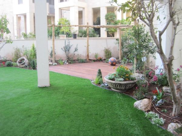 דירת גן בחולון לקוחות מביני עניין בתחום עיצוב הגינות
