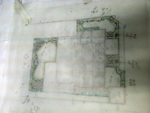 תכנון גינה היקפית שבוצעה ליורם מאחיעזר בקרוב התמונות לאחר  שהגינה הוקמה