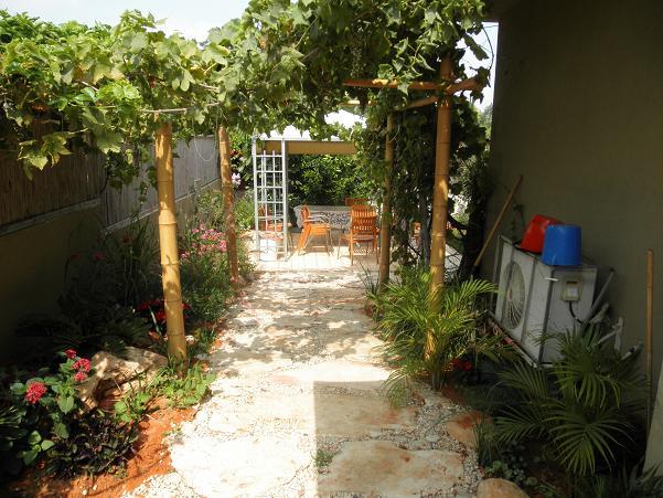 סגנון העצוב גינות שלנו שומר על שימושיות בגינה